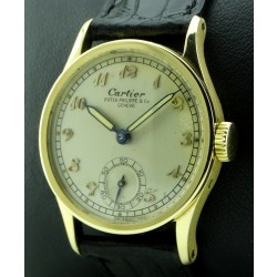 Vintage Calatrava ref.96 retailed for Cartier, from 1943