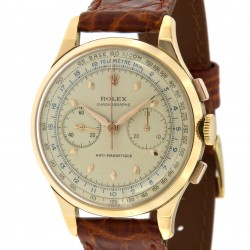 Vintage Chronograph ref. 3834 in 18k rose gold, made in the 40s