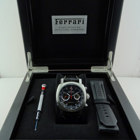 Steel Chronograph Ferrari Ref. 6656, limited edition of 800 pcs, like new, full set