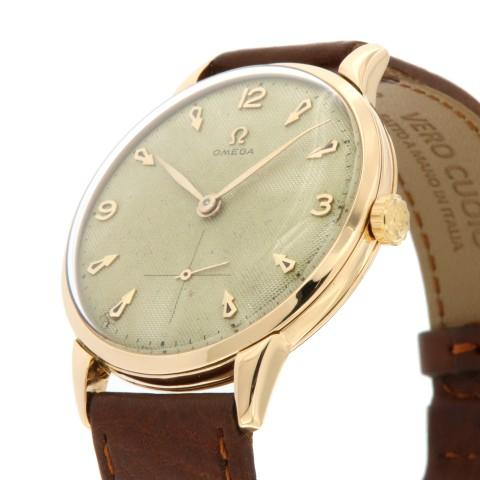 Vintage Oversize, ref. 2687, 18 kt rose gold from 1954