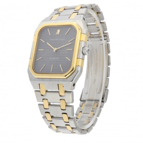 Royal Oak, Stainless steel and 18kt yellow gold ref. 6005SA